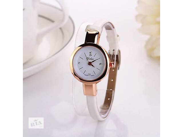 Жіночі наручні годинники Swiss Made білі чорні - Годинники в Кривому ... 95db232edf43c
