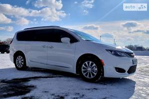 Chrysler Pacifica Turing L 2018