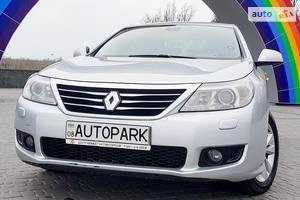 Renault Latitude Official 2011