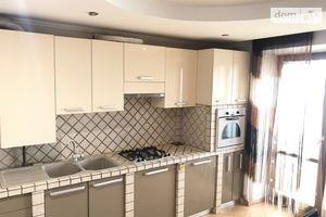 Сдается в аренду 4-комнатная квартира 115 кв. м в Тернополе