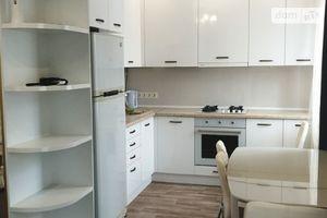 Сдается в аренду 3-комнатная квартира 60 кв. м в Житомире