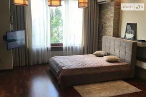 Зніму однокімнатну квартиру на Жилянській Київ помісячно
