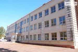 Продається приміщення вільного призначення 3393 кв. м в 3-поверховій будівлі