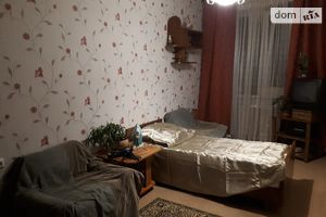 Сниму дешевое жилье на Соломенском Киев долгосрочно