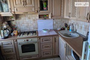 Продается 3-комнатная квартира 64.3 кв. м в Полтаве