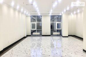 Сдается в аренду офис 154.5 кв. м в нежилом помещении в жилом доме