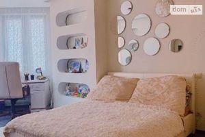 Сдается в аренду 3-комнатная квартира 118 кв. м в Киеве