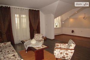 Продается дом на 2 этажа 205 кв. м с верандой