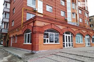 Продається нежитлове приміщення в житловому будинку 122 кв. м в 10-поверховій будівлі