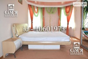 Здається в оренду 3-кімнатна квартира 120 кв. м у Вінниці