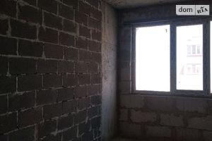 Продається 2-кімнатна квартира 61.5 кв. м у Черкасах