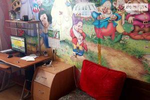Продається 4-кімнатна квартира 89 кв. м у Ладижинi