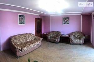 Сдается в аренду 3-комнатная квартира 107 кв. м в Мукачеве