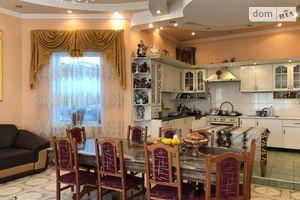 Продается дом на 3 этажа 290 кв. м с беседкой