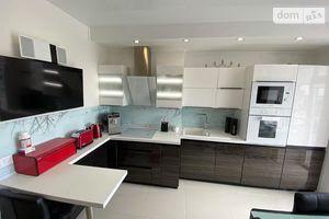Продається 2-кімнатна квартира 56 кв. м у Миколаєві