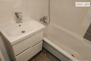 Продается 1-комнатная квартира 33 кв. м в Полтаве