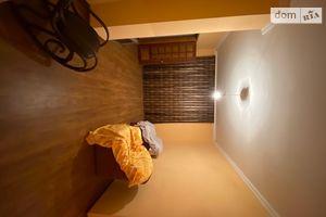 Продается 3-комнатная квартира 76 кв. м в Залещиках