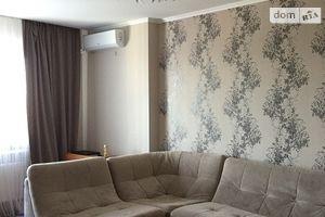 Продается 2-комнатная квартира 65 кв. м в Черкассах