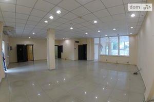 Сдается в аренду помещения свободного назначения 200 кв. м в 3-этажном здании