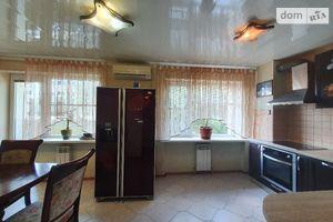 Продается 4-комнатная квартира 112 кв. м в Днепре