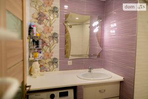 Продається 2-кімнатна квартира 42.4 кв. м у Рівному