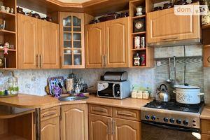 Продається 3-кімнатна квартира 76 кв. м у Іванівці