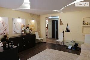 Продається 3-кімнатна квартира 88.4 кв. м у Києві