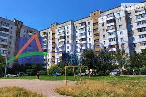 Продается 3-комнатная квартира 72 кв. м в Черкассах
