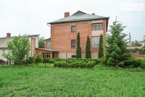 Продается дом на 2 этажа 350 кв. м с участком