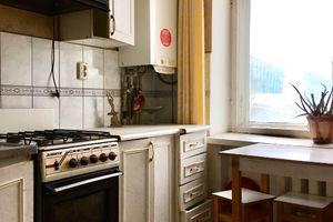 Продається 3-кімнатна квартира 66 кв. м у Якимівці