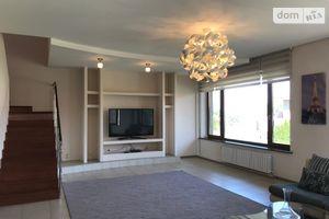 Сдается в аренду дом на 3 этажа 347 кв. м с камином