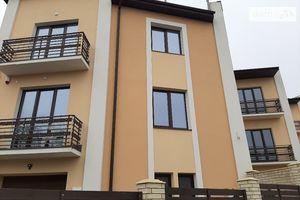 Продается часть дома 250 кв. м с участком