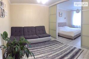 Продається 2-кімнатна квартира 72.5 кв. м у Вінниці