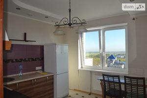 Продается 3-комнатная квартира 66 кв. м в Киево-Святошинске