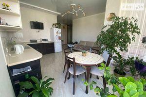 Продается 2-комнатная квартира 77.1 кв. м в Одессе