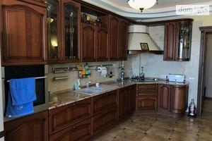 Продается 4-комнатная квартира 125 кв. м в Одессе