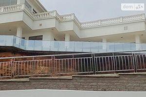 Продается дом на 3 этажа 1500 кв. м с бассейном