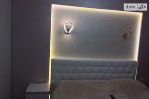 Сдается в аренду 2-комнатная квартира 72 кв. м в Луцке