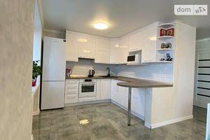 Продается 3-комнатная квартира 62 кв. м в Ямполе