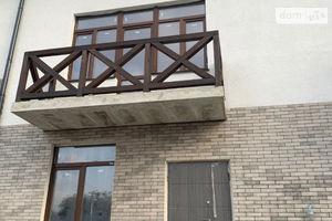Продается дом на 3 этажа 160 кв. м с садом