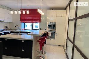 Продається 3-кімнатна квартира 114 кв. м у Хмельницькому
