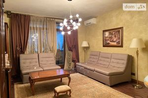 Продается 3-комнатная квартира 98.5 кв. м в Одессе