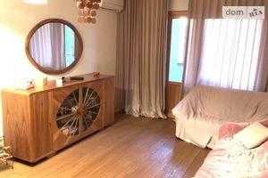 Сдается в аренду 3-комнатная квартира 81.62 кв. м в Киеве