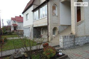 Продается дом на 3 этажа 200 кв. м с балконом