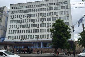 Сдается в аренду помещение (часть здания) 708.4 кв. м в 8-этажном здании
