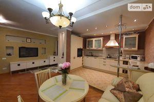 Продається 2-кімнатна квартира 92 кв. м у Черкасах