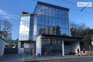Продается помещения свободного назначения 251 кв. м в 4-этажном здании