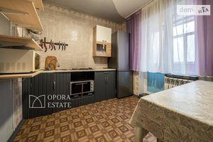 Продается 3-комнатная квартира 89 кв. м в Чернигове