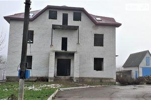 Продается дом на 3 этажа 495 кв. м с мансардой