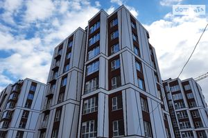 Продається 1-кімнатна квартира 38 кв. м у Івано-Франківську